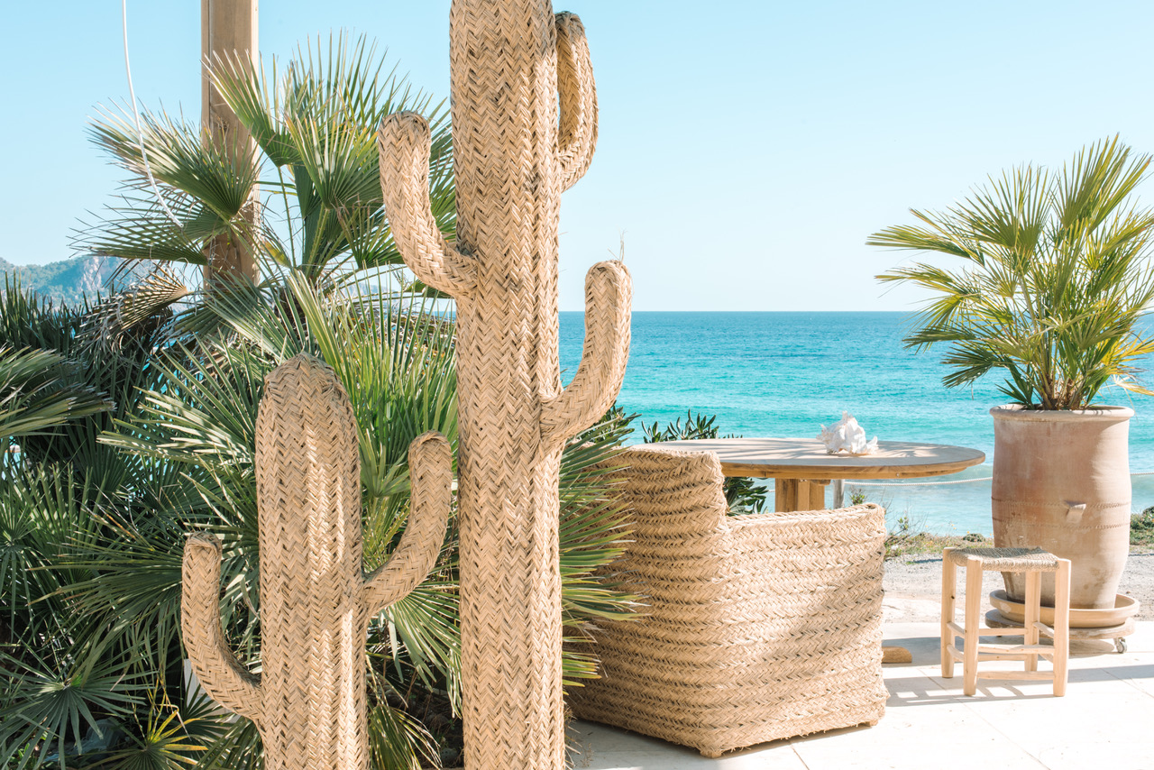 Atzaro Beach